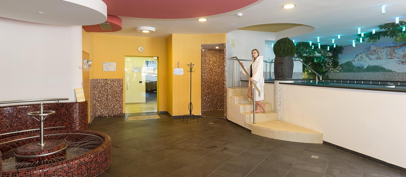 Kletterwand Für Zuhause die indoor kletterwand des wellness hotels fontana vigo